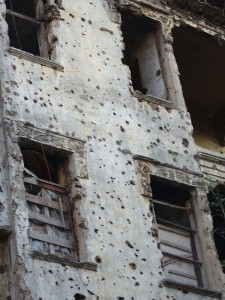 Beyrouth, ruines et cicatrices récentes