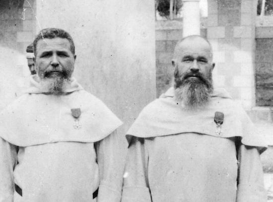 Raphaël Savignac et Antonin Jaussen décorés de la Légion d'Honneur  (collection École biblique et archéologique française de Jérusalem)