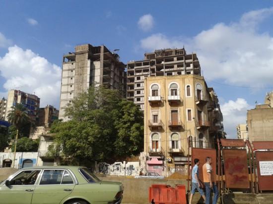 Ras el-Nabah. Au premier plan, immeubles à anciens loyers.