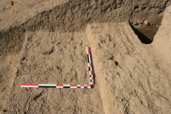 Figure 4 : le mur d'enceinte dans le chantier A2 (photographie MAA)